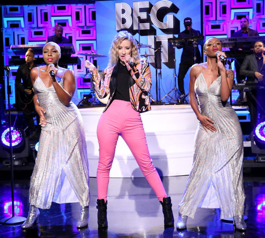 Iggy Azalea performs on Jimmy Fallon