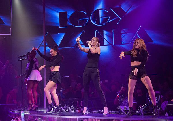 Iggy Azalea performance at DRAI'S Nightclub Las Vegas 2015 New Year's Eve