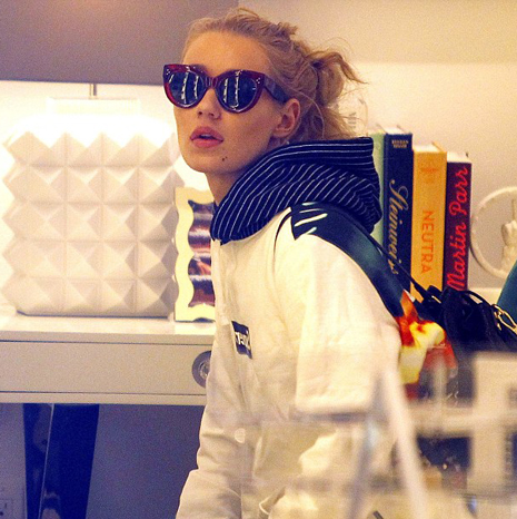 Iggy Azalea shopping in L.A.